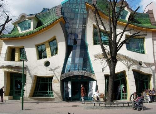 1624-Sopot-krzywy-dom